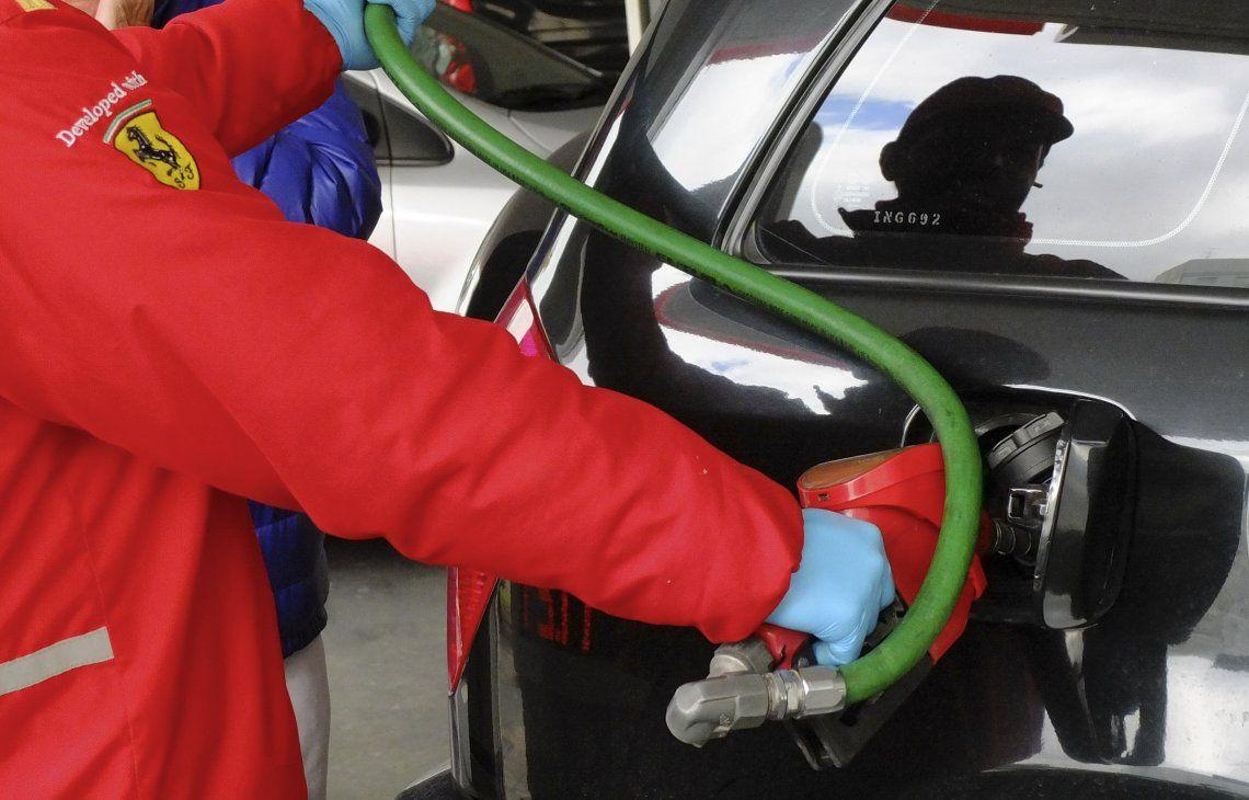 Ahora serán las petroleras las que decidirán si trasladarán ese costo a los surtidores o lo absorberán.