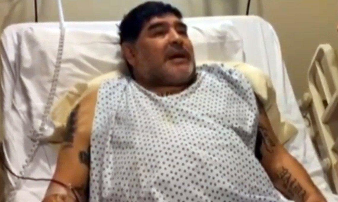 Diego Maradona: Me operaron la derecha porque fue la que aguantó las patadas