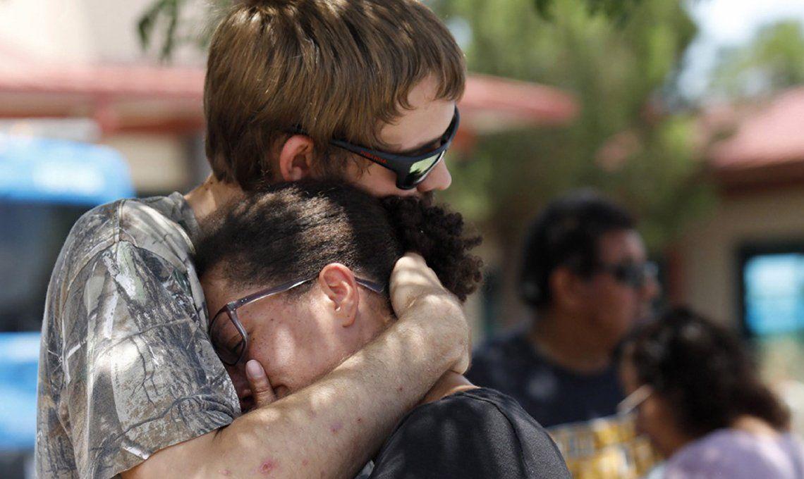 Al menos 20 personas fueron asesinadas en un tiroteo de Texas y hay tres detenidos