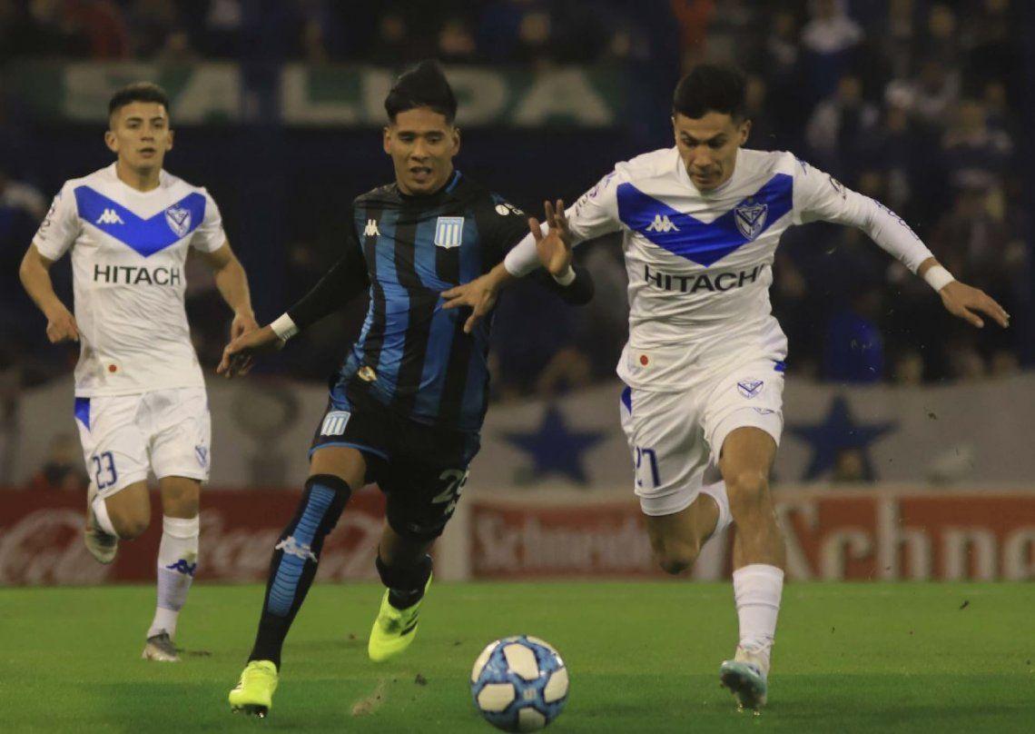 Racing levantó en el segundo tiempo y salvó un punto ante Vélez