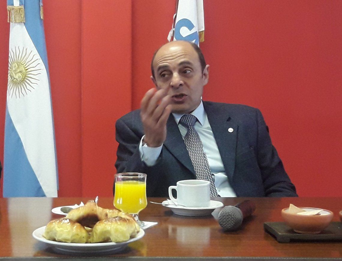 Elías destacó el aporte del sector a las economías regionales.
