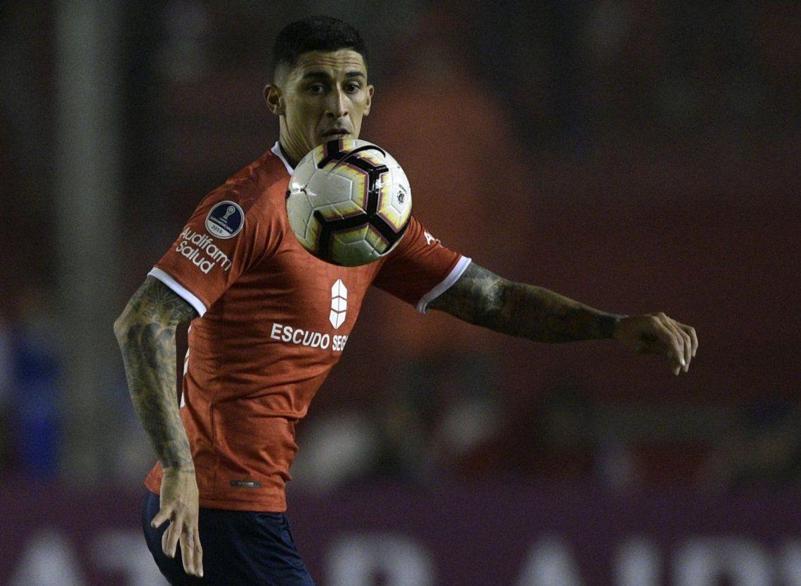 Malas noticias en Independiente: Pablo Hernández se lesionó y estará seis meses afuera