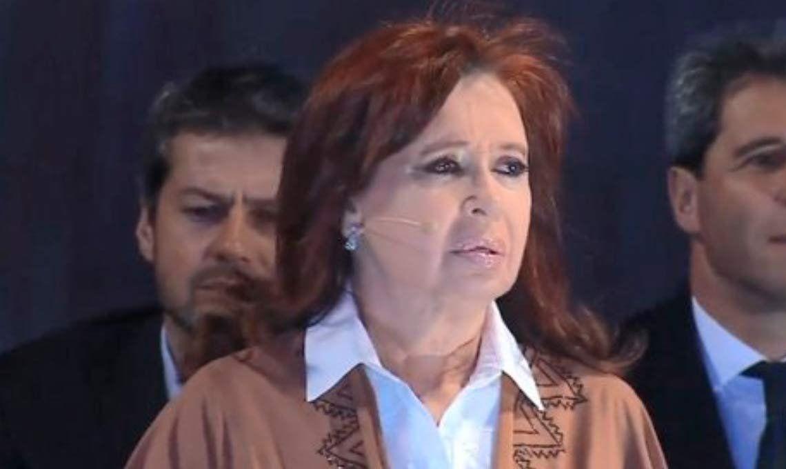 PASO 2019 |Cristina Fernández de Kirchner: Si todavía estoy parada es por el amor de ustedes