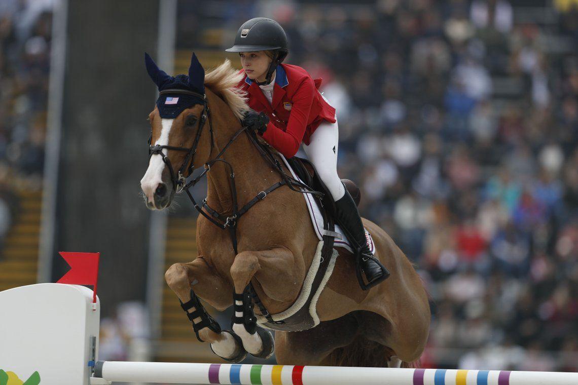 Eve, la hija de Steve Jobs, medalla de bronce y sensación en los Juegos Panamericanos de Lima