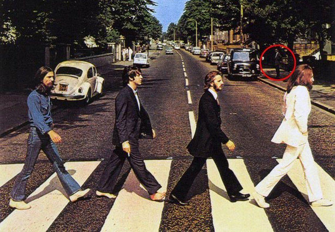 50 años de Abbey Road | ¿Quién es el Hombre Misterioso de la icónica foto?