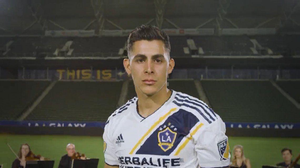 Cristian Pavón fue presentado con bombos y platillos en Los Ángeles Galaxy