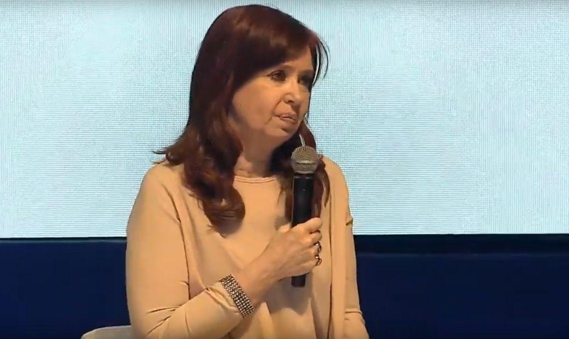 PASO 2019 | Cristina Kirchner en el cierre de campaña: Queremos un gobierno que se ocupe de los problemas