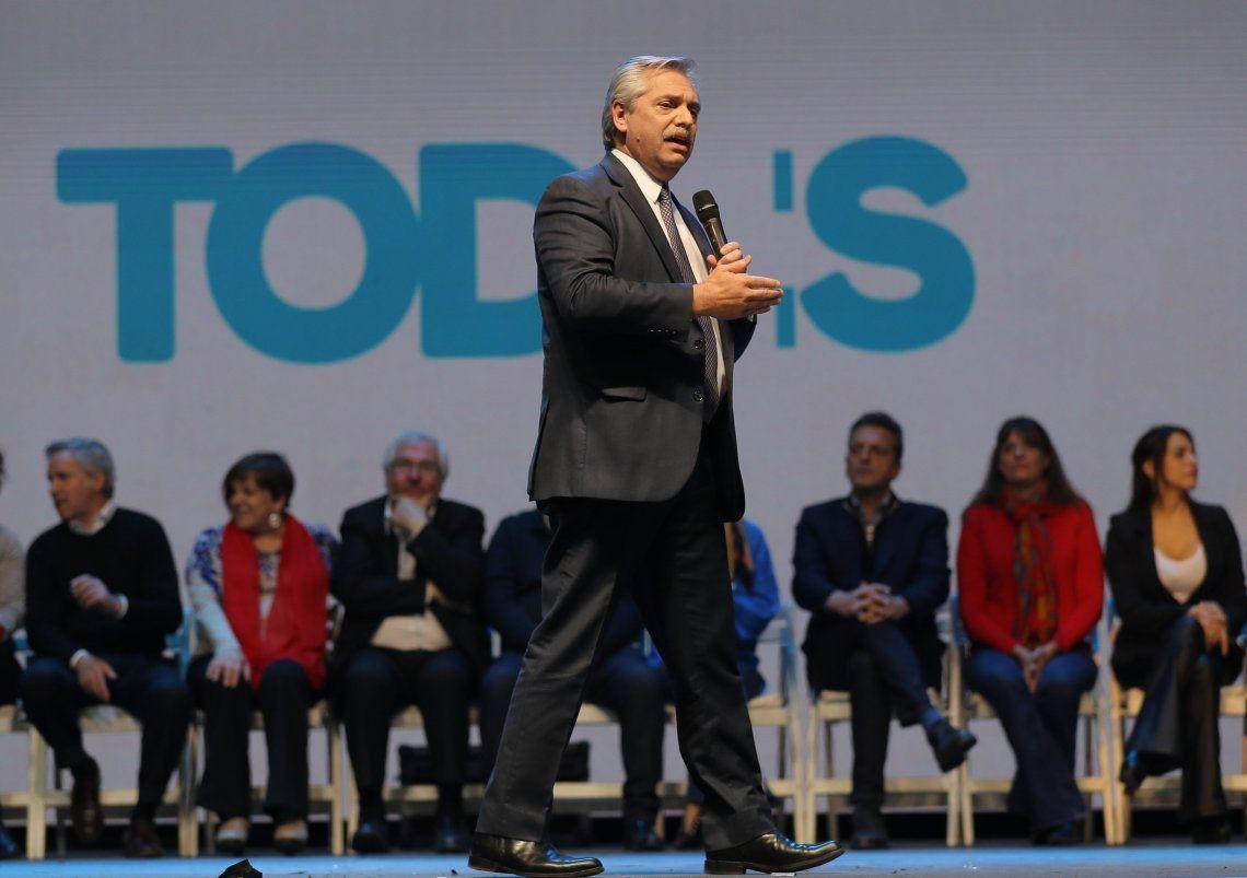 PASO 2019 | Alberto Fernández cerró la campaña en Córdoba: Lo único que Macri ha sabido producir es pobreza