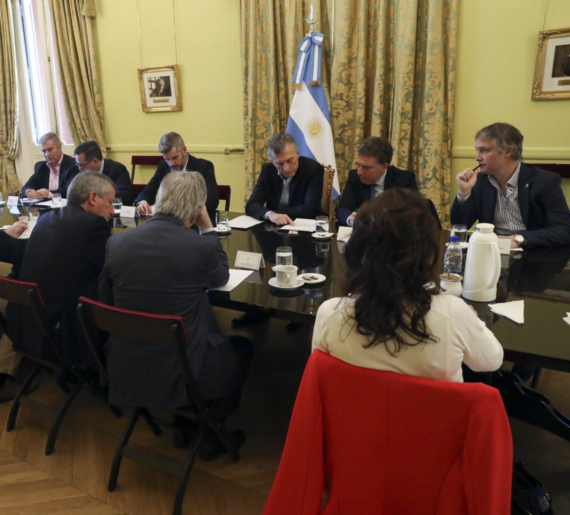 Macri inició el día con una reunión de Gabinete y lo cerró en Vicente López.
