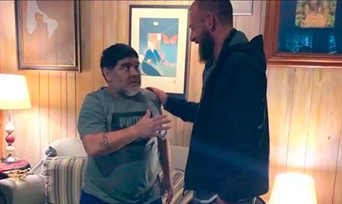 Daniele De Rossi visitó a Diego Maradona en un encuentro muy especial