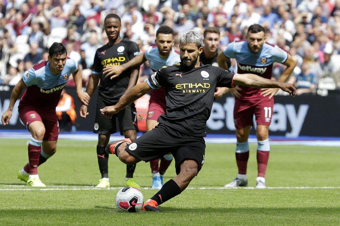 Con un gol de Agüero, el Manchester City goleó en su debut en la Premier League