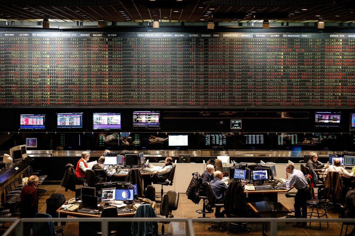 PASO 2019 | Caída récord de la Bolsa porteña: 37%