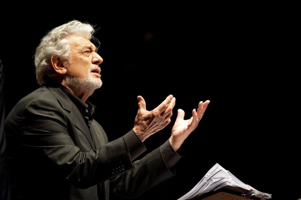 Plácido Domingo renuncia a la Opera de Los Angeles