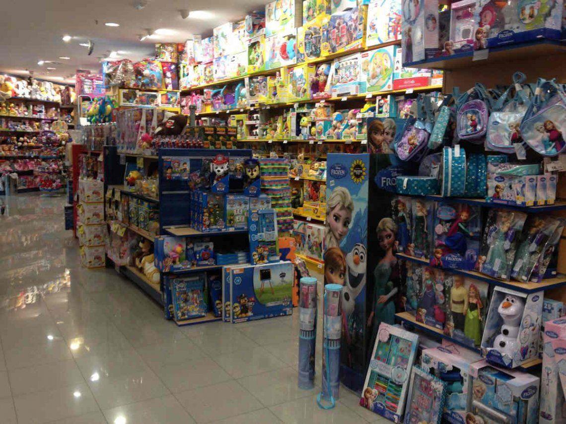 Día del Niño: los juguetes aumentan al ritmo de la devaluación y se esperan menos ventas