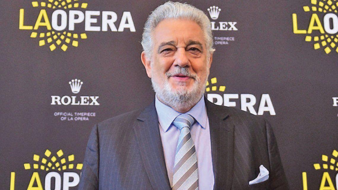 Varias cantantes salen a favor del tenor Plácido Domingo
