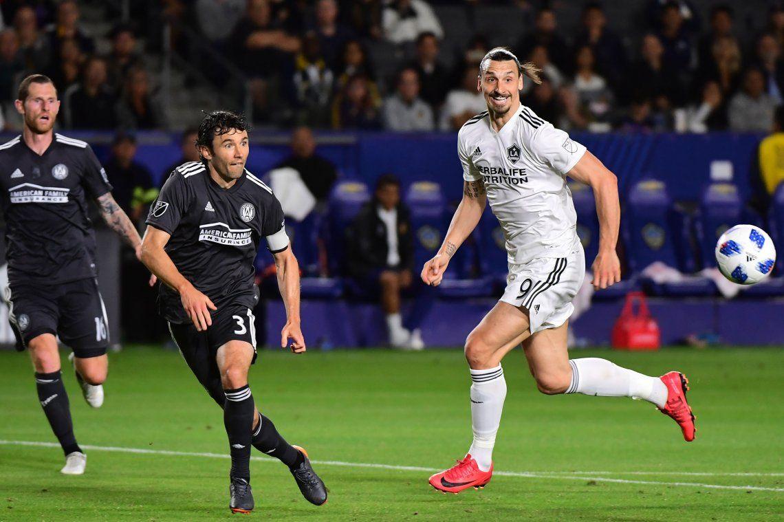 Ibrahimovic: Pavón es demasiado bueno para la MLS