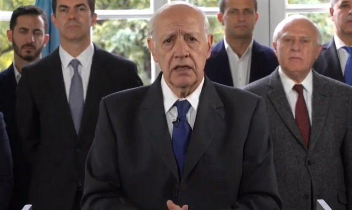 Roberto Lavagna suspendió la campaña por la crisis: Invito a todos los candidatos a frenar la acciones electoralistas