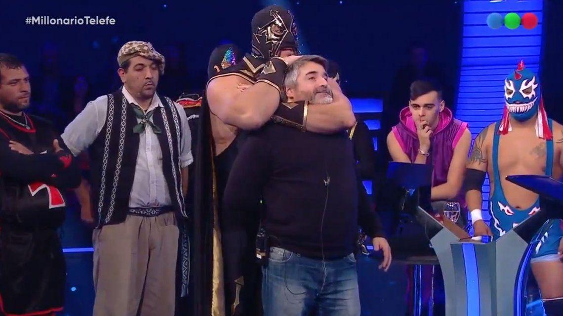 La Masa estuvo en ¿Quién quiere ser Millonario? y brindó una clase de lucha libre