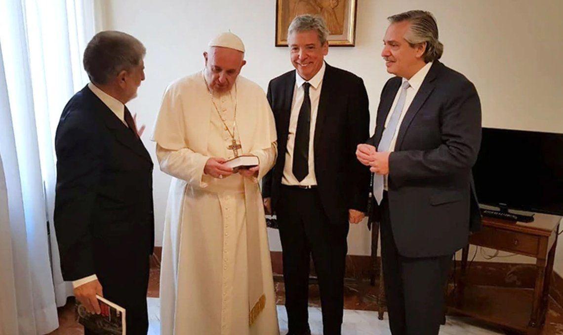 El Financial Times vinculó al Papa Francisco con la unificación del peronismo y analizó su posible su regreso al poder