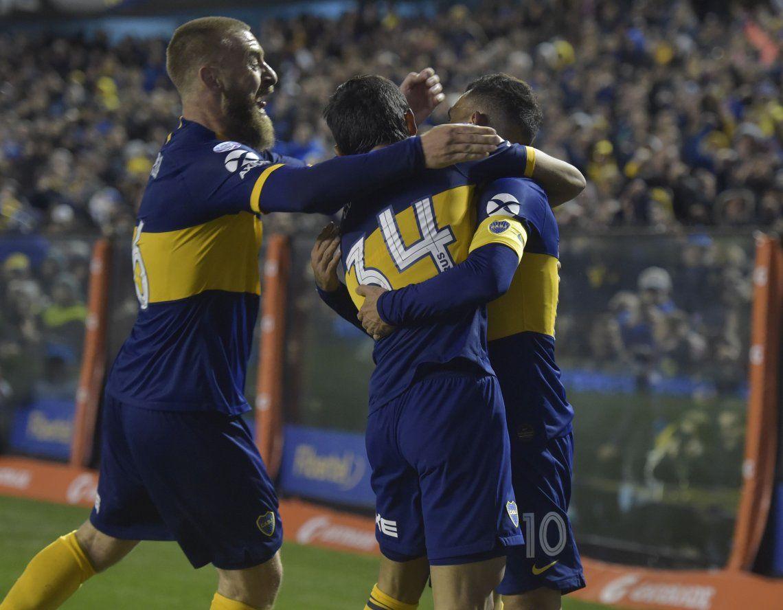 Con goles de Carlos Tevez y el Toto Salvio, Boca le ganó 2 a 0 a Aldosivi por la tercera fecha de la Superliga y continúa su invicto
