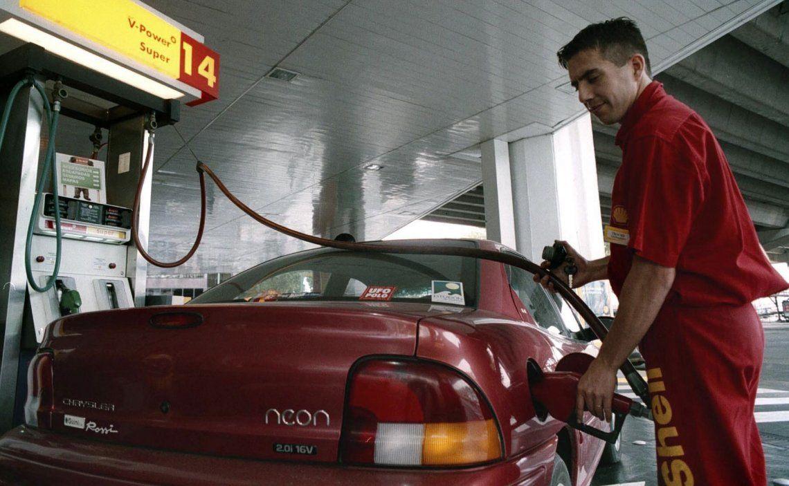 Oficializan las medidas para el congelamiento de los precios de combustibles