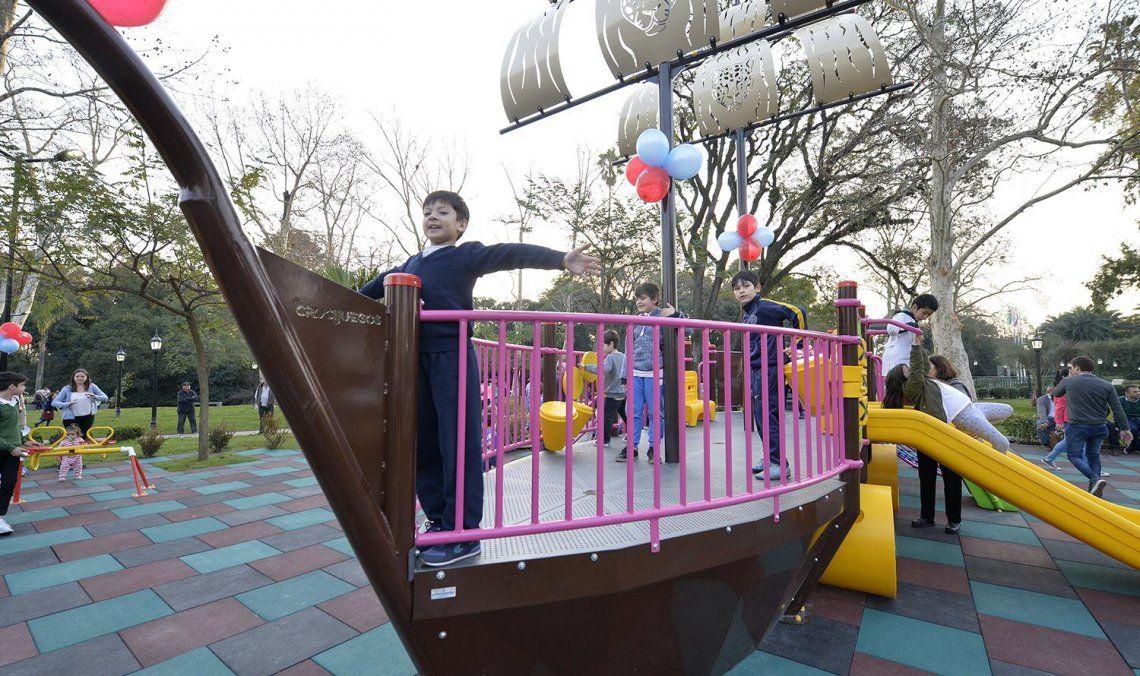 La idea de incluir un barco como un juego es simbolizar el desembarco de Liniers