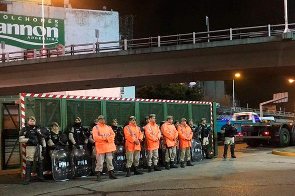 Manifestantes cortaron el Puente Pueyrredón mano a Capital Federal