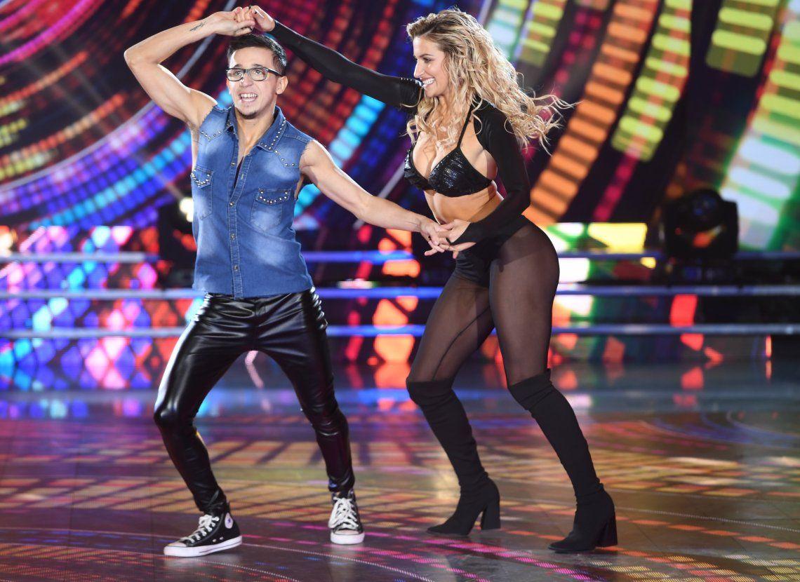 Bianca Iovenitti  bailó anoche con Noya y estuvo incómoda al hablar del beso de su novio