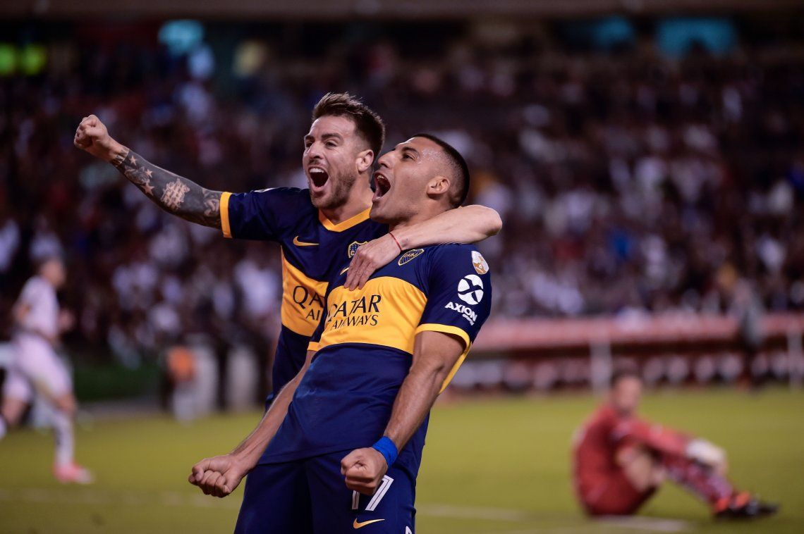 Copa Libertadores: con goles de Wanchope Ábila y Bebelo Reynoso, Boca Juniors goleó 3 a 0 a Liga de Quito en Ecuador y tiene un pie en semifinales
