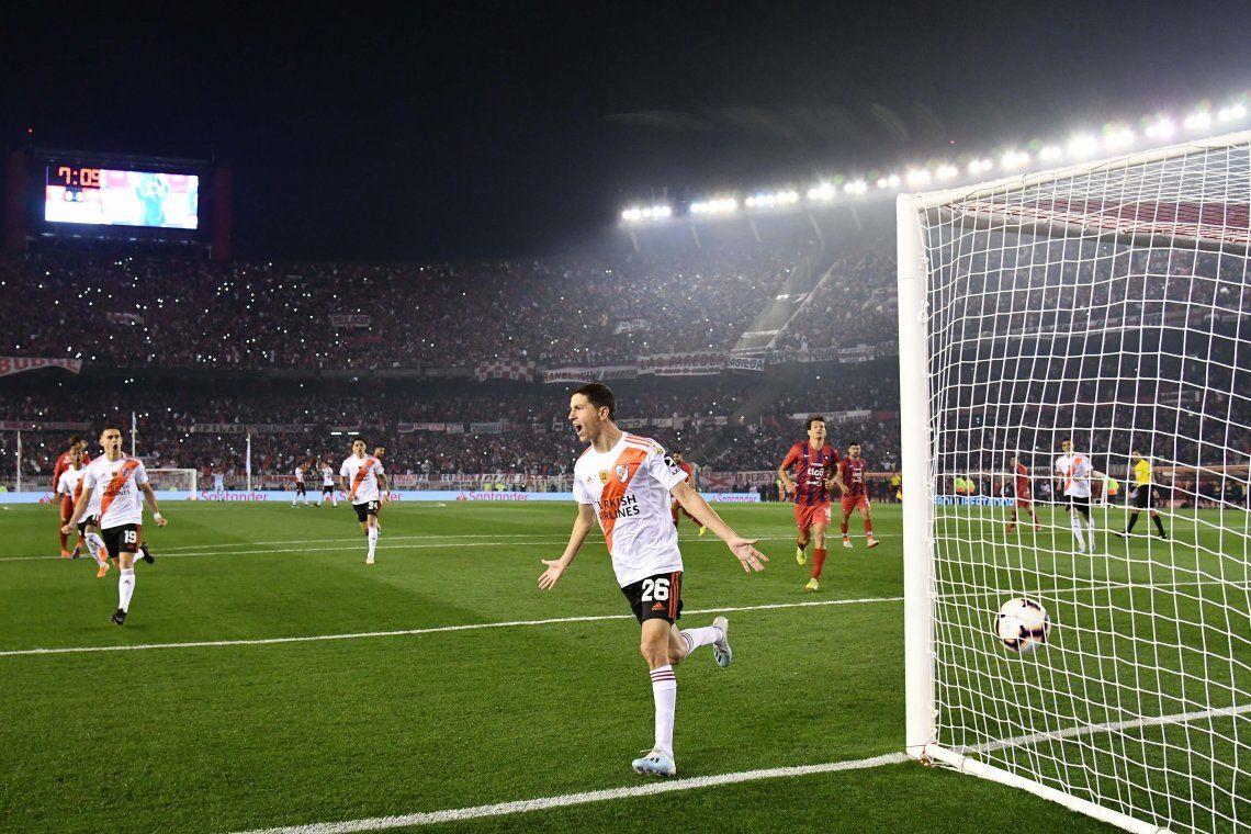 Copa Libertadores: con goles de Ignacio Fernández y Rafael Santos Borré, River le ganó 2 a 0 a Cerro Porteño en un encuentro polémico y tiene un pie en semifinales