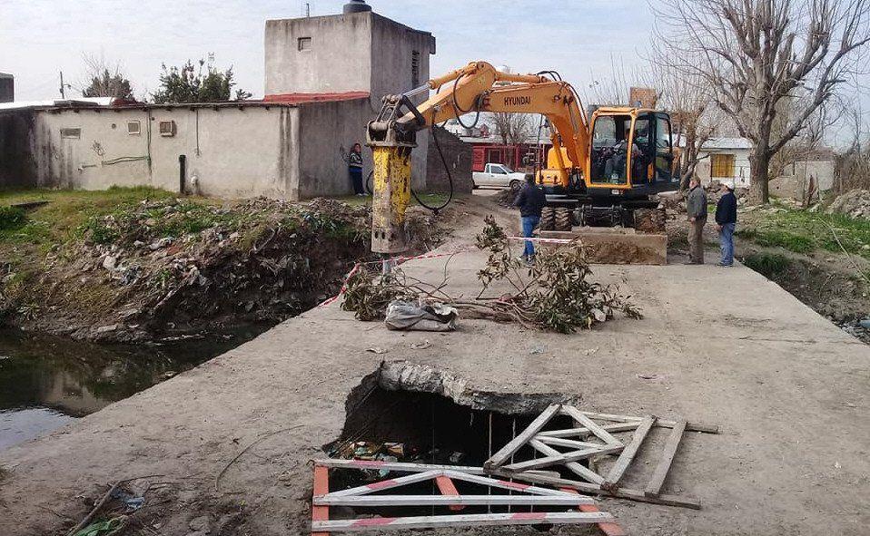 La deteriorada estructura representaba un serio peligro para la zona.