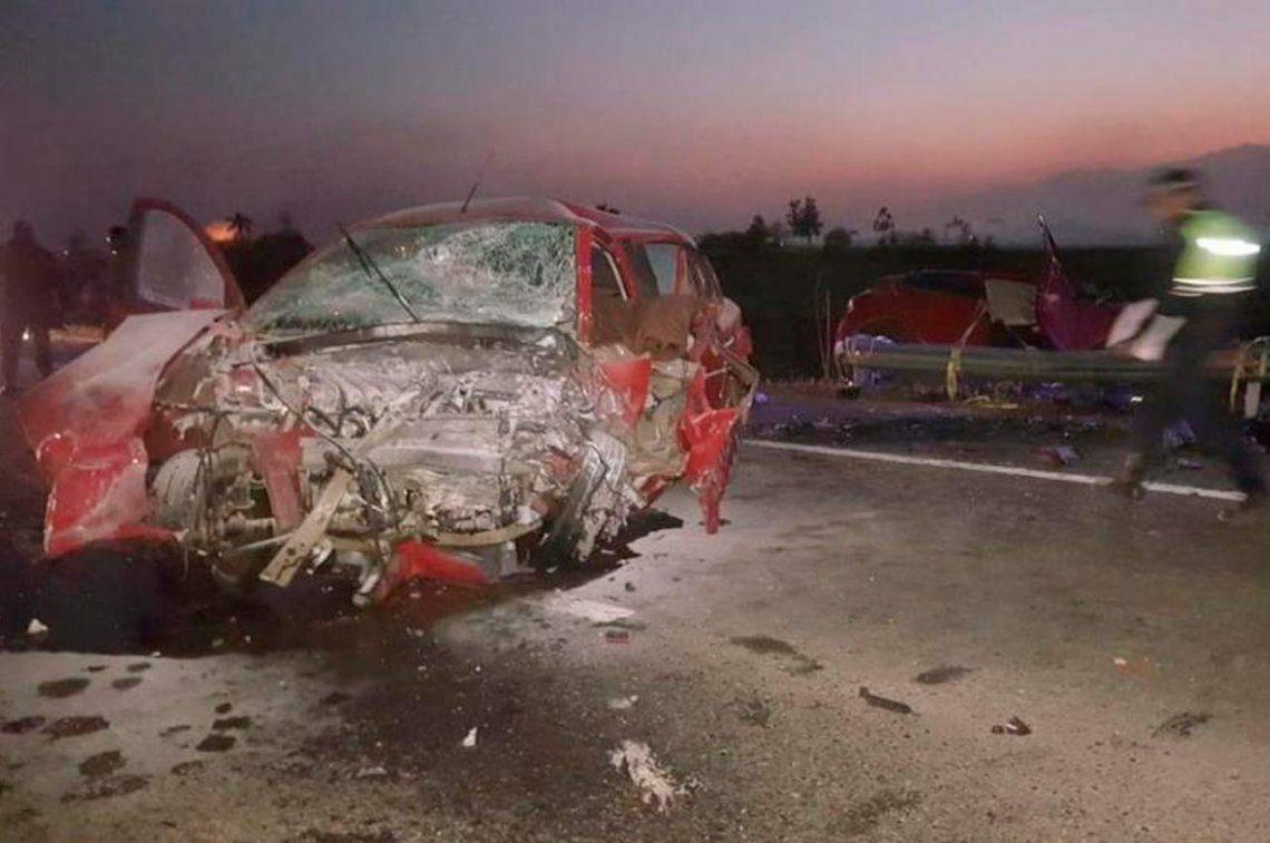 Tucumán: trágico choque en la ruta 38 deja 4 personas muertas