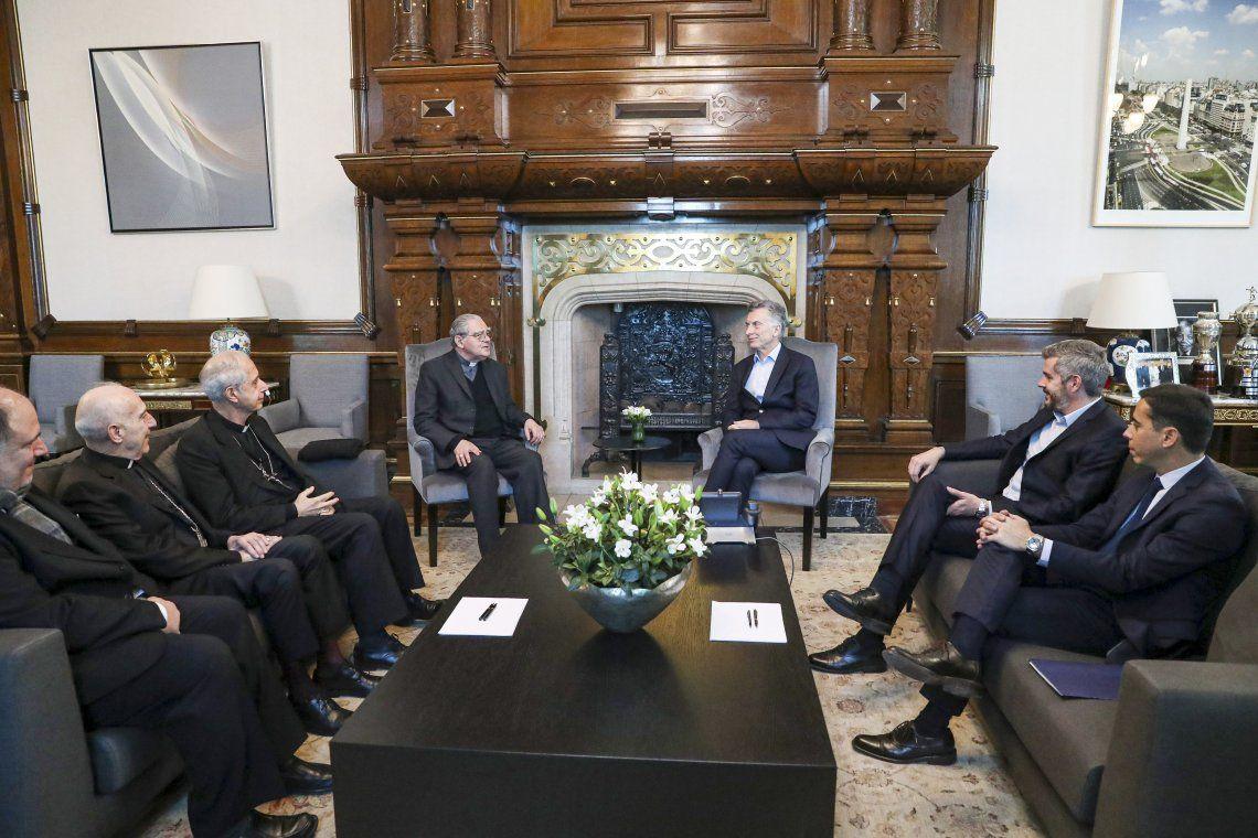 Macri se reunió con obispos en la Casa Rosada y les pidió colaboración