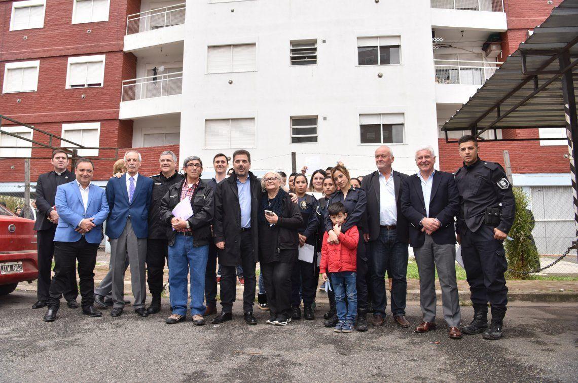 Ritondo participó de la entrega de viviendas destinadas a policías