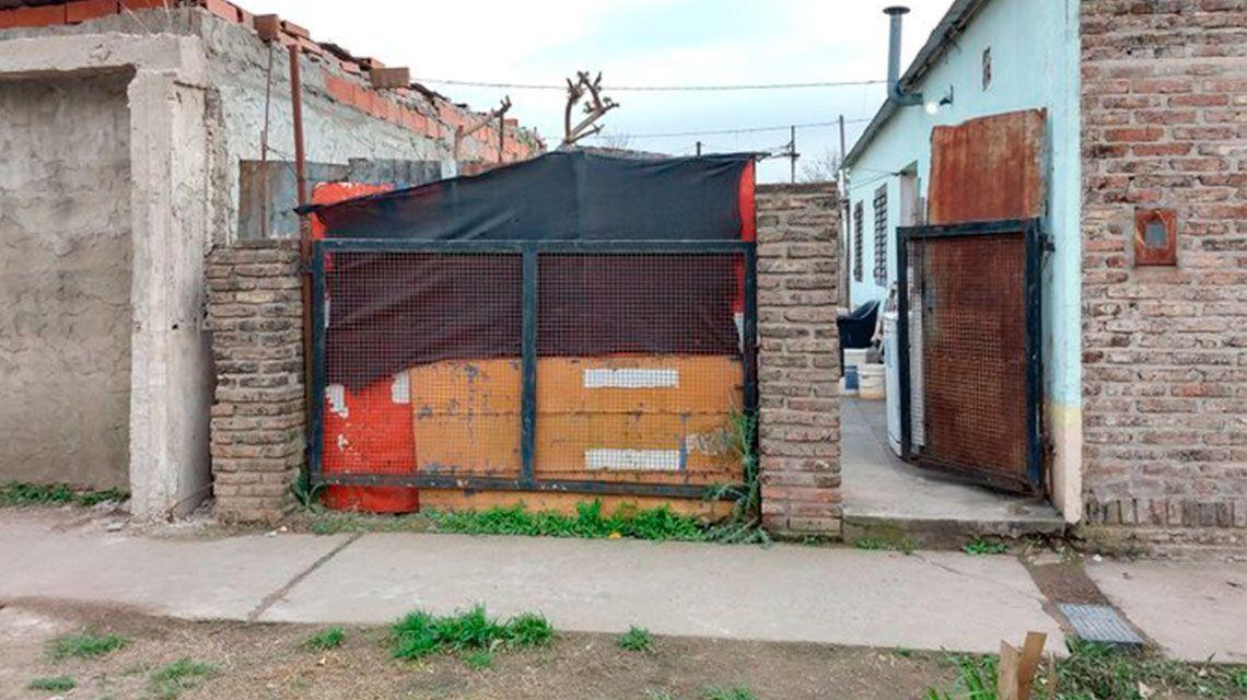 Rosario: hallan a una mujer muerta a golpes y a su hija en estado de desnutrición
