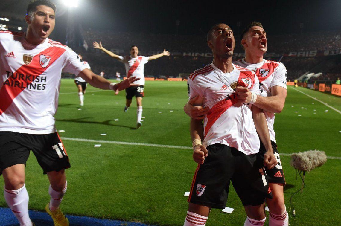 Copa Libertadores: con un golazo de Nicolás de la Cruz, River empató con Cerro Porteño en Paraguay y enfrentará a Boca en semifinales en un nuevo Superclásico copero