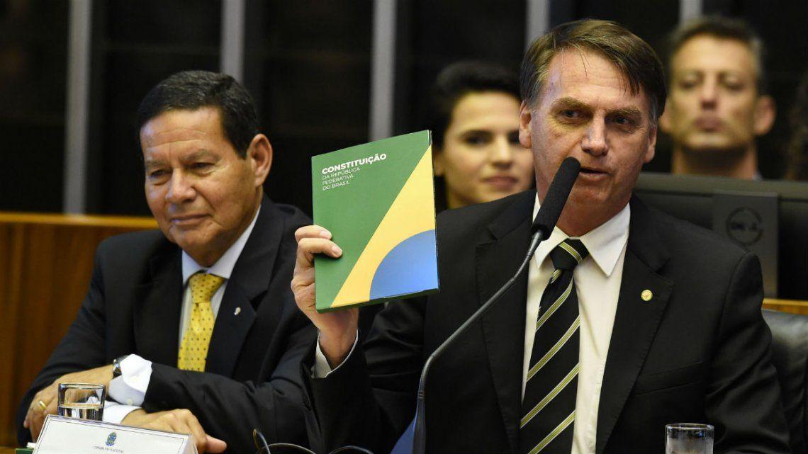 Hamilton Mourao, vicepresidente de Brasil: Argentina se está hundiendo en el caos