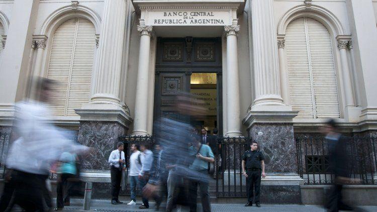 El Banco Central lanzó una serie de medidas tendientes a asegurar el abastecimiento de dólares.
