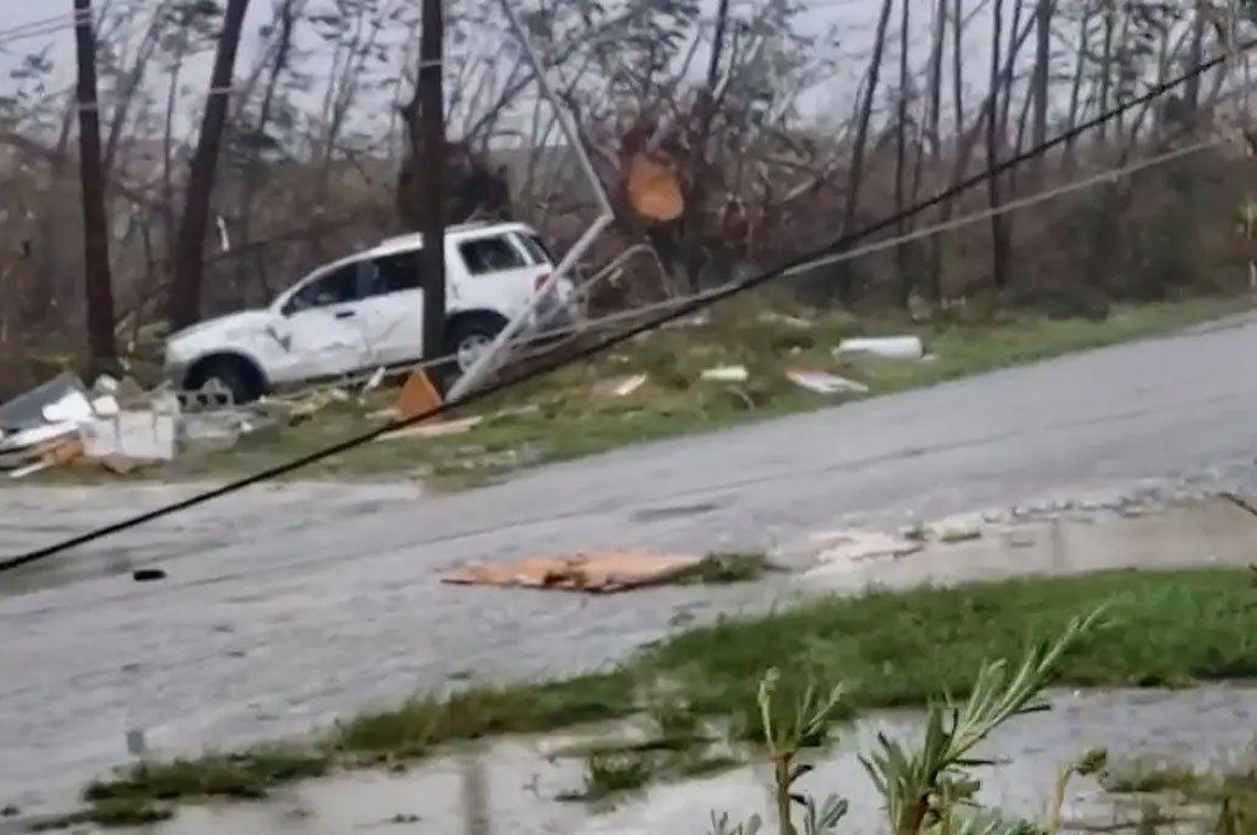 En fotos: el devastador pasó del huracán Dorian por Bahamas