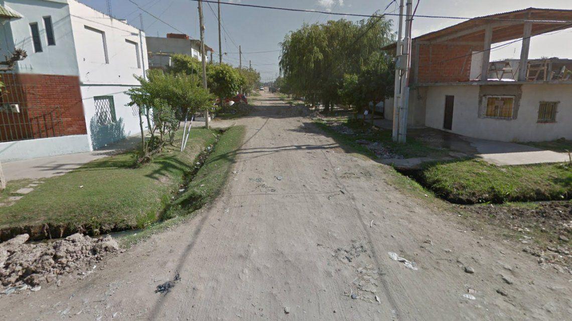 Lomas de Zamora: una mujer quedó en medio de una balacera  y murió de un disparo