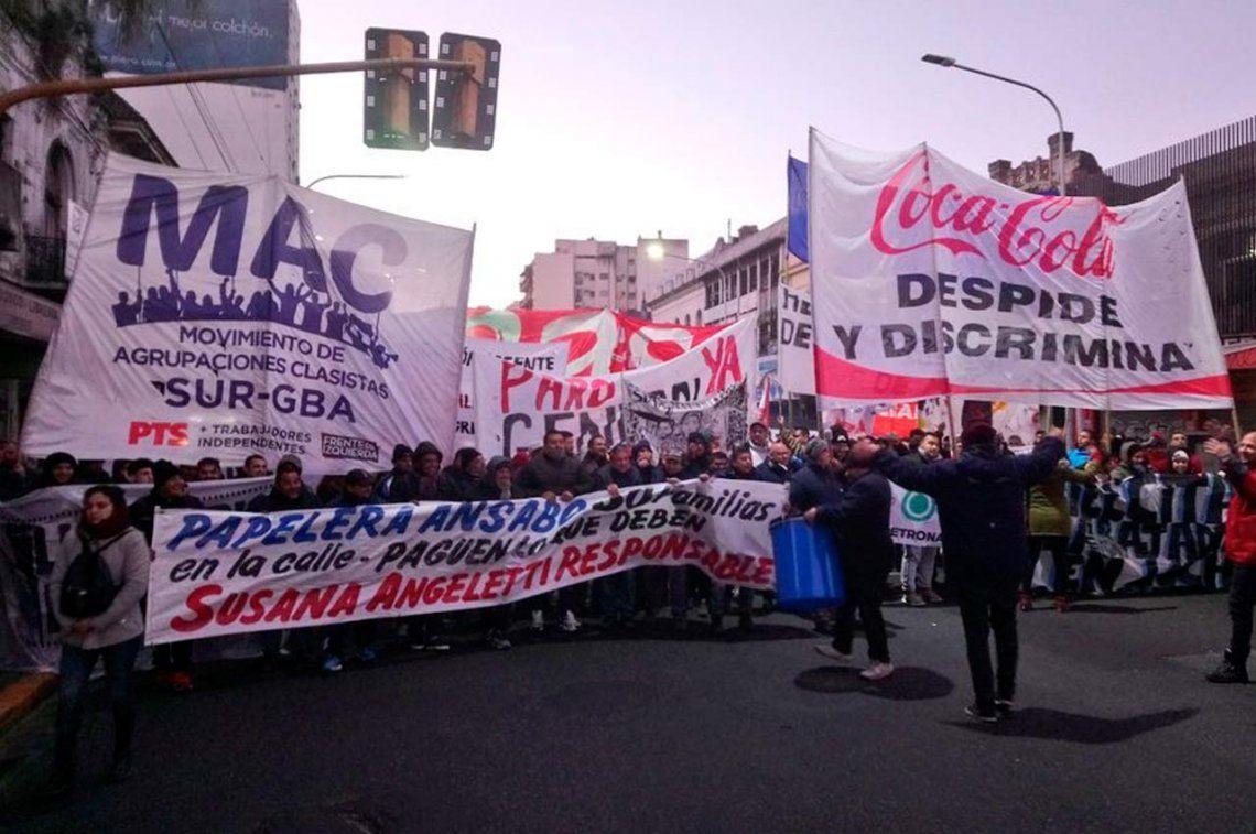 Una manifestación impidió el paso por el Puente Pueyrredón mano a Capital Federal
