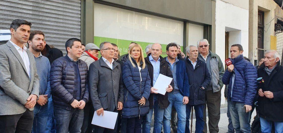 Intendentes le piden a Vidal que declare la emergencia alimentaria en la provincia