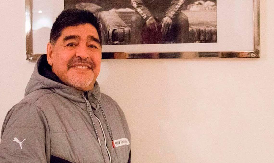 Diego Maradona, a un paso de ser el nuevo director técnico de Gimnasia y Esgrima de La Plata