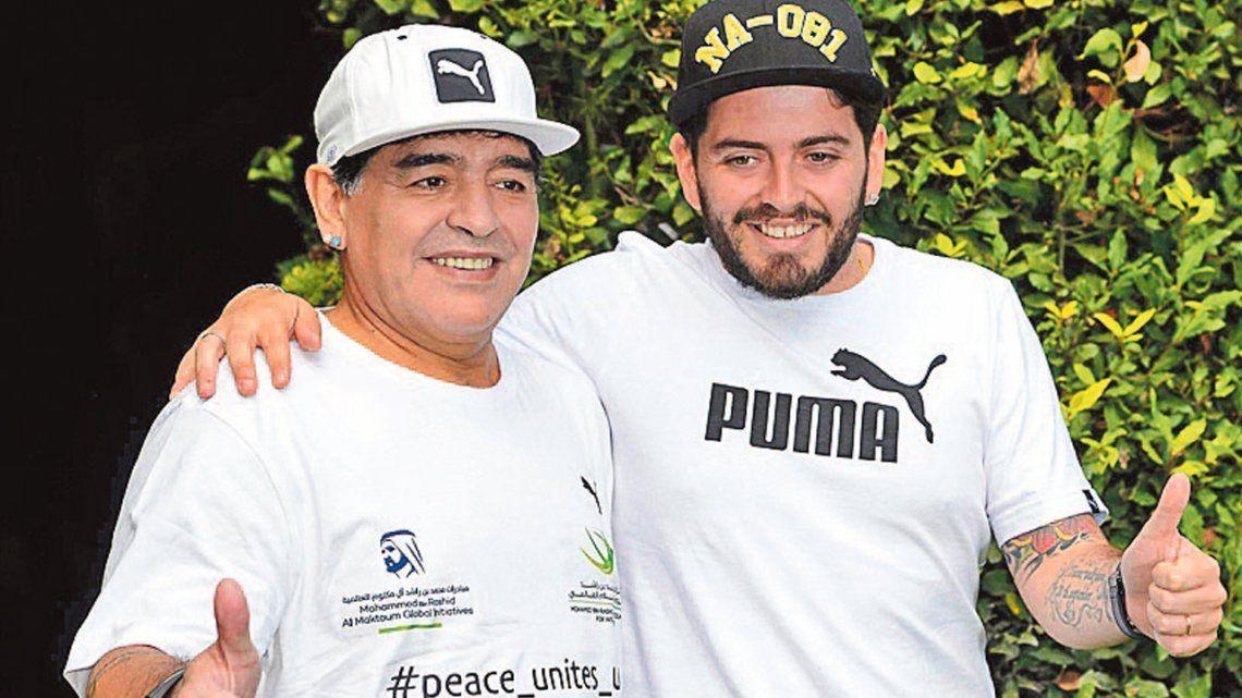 En la pelea con Claudia Villafañe, Diego Maradona Jr se puso del lado del papá