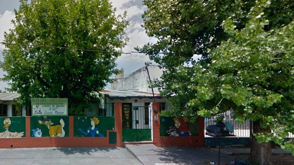 Lomas de Zamora: denunciaron a un mago por abusar sexualmente, drogar y amenazar con un cuchillo a nenes de un jardín