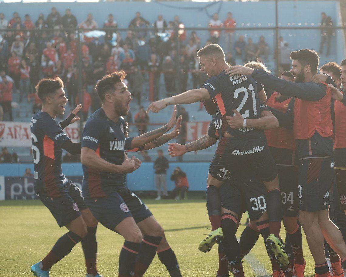 Copa Argentina: Lanús goleó a Argentinos con un Sand encendido y avanzó a cuartos