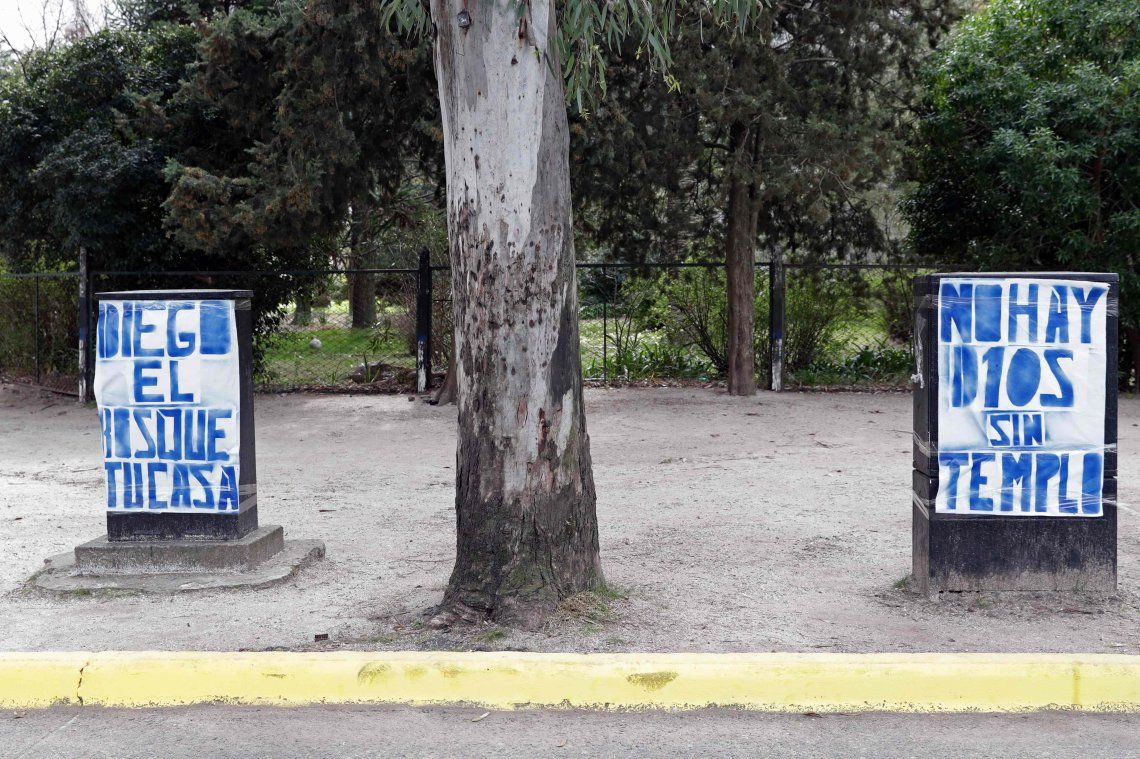 Fotos | Maradona ya desató la revolución en Gimnasia
