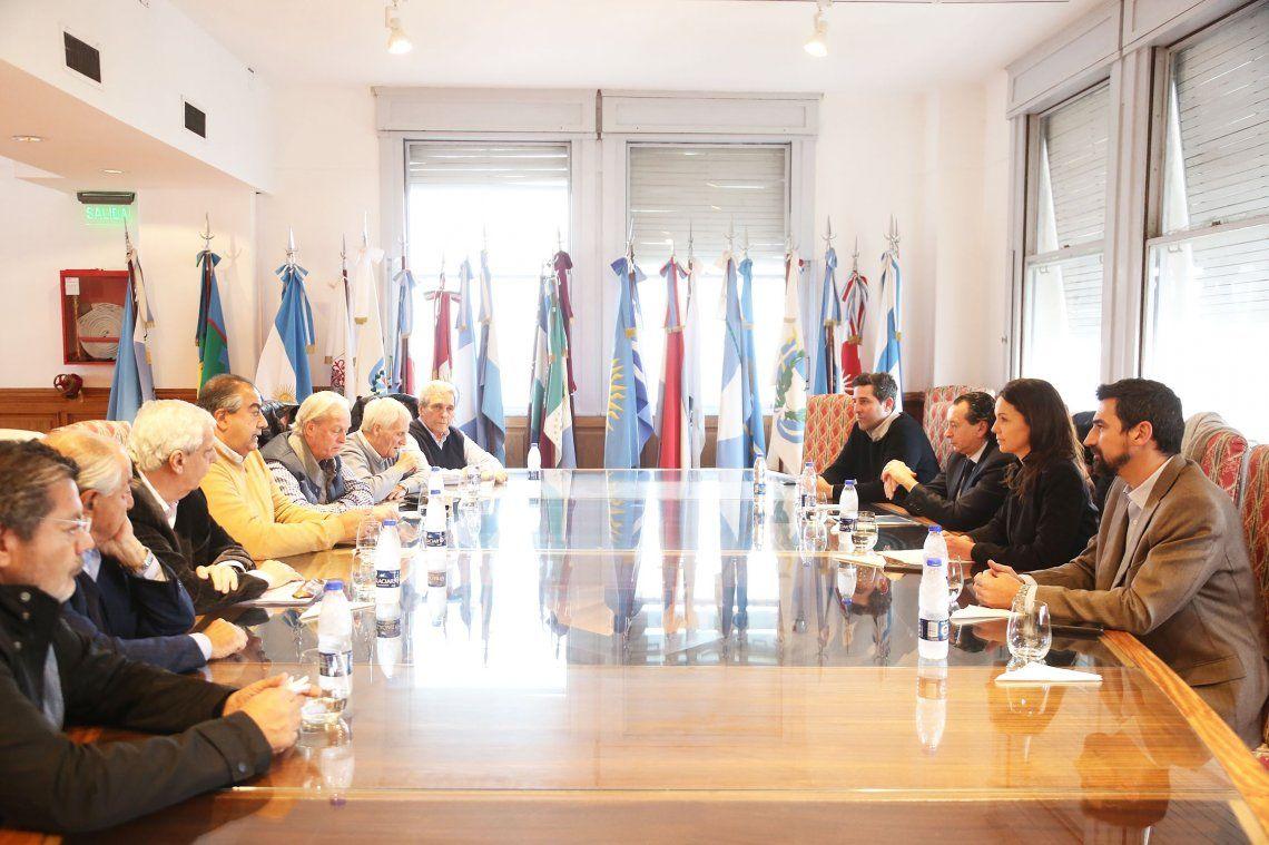 Emergencia alimentaria: el Gobierno se reunió con la CGT