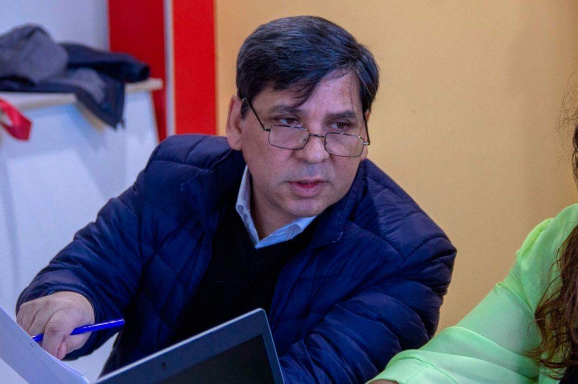 Escándalo en Ushuaia: un concejal no puede explicar de dónde consiguió un cheque por U$S 65 mil