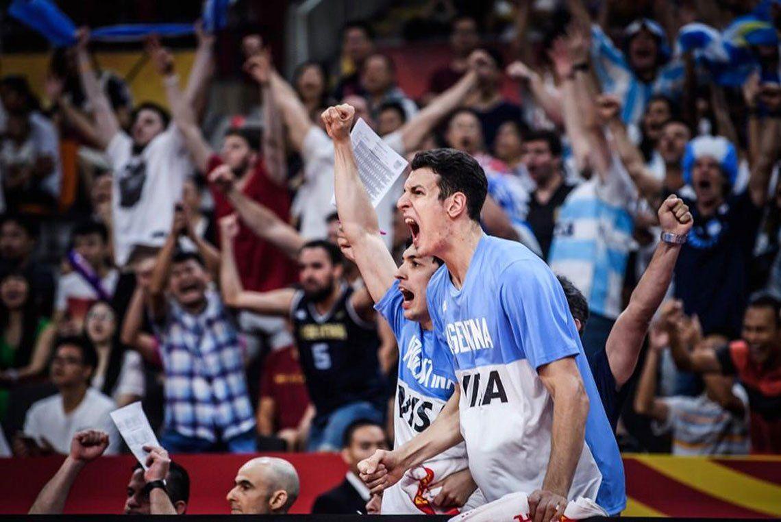 Postales del triunfo histórico de Argentina ante Serbia